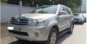 Bán xe Toyota Fortuner V AT 2010, màu bạc, chính chủ giá 425 triệu tại Hà Nội