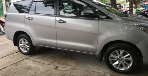 Cần bán xe Toyota Innova 2017 số sàn màu bạc giá 676 triệu tại Tp.HCM