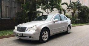 Cần bán xe Mercedes C200 Kompressor sản xuất năm 2001, màu bạc, giấy tờ chính chủ, biển Hà Nội giá 140 triệu tại Hà Nội