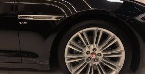 Cần bán xe Jaguar XJL 3.0 2018 màu đen, số tự động 8 cấp giá 3 tỷ 950 tr tại Tp.HCM