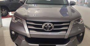 Bán Toyota Fortuner 2.4G máy dầu, màu bạc - Thanh toán 220tr nhận xe giá 979 triệu tại Tp.HCM