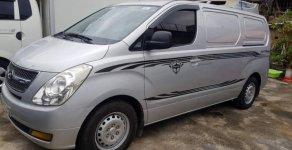 Bán Hyundai Grand Starex Van đời 2009, màu bạc giá 400 triệu tại Hà Nội