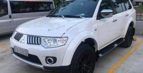Cần bán xe Mitsubishi Pajero Sport sản xuất năm 2011, màu trắng    giá 560 triệu tại Bình Thuận