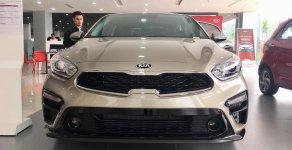 Bán Kia Cerato đời 2019 - SK 2018 màu vàng cát (mới 100%) xe phân khúc C giá phân khúc B - Hỗ trợ vay 85% giá trị xe giá 569 triệu tại Đồng Nai