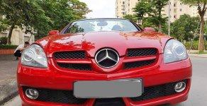 Bán Mercedes SLK 200 tự động, màu đỏ, sx 2009, cực đẹp giá 860 triệu tại Tp.HCM
