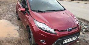Bán xe Ford Fiesta sản xuất năm 2013, màu đỏ, giá tốt giá 350 triệu tại Đồng Nai