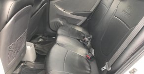 Bán Hyundai Accent Blu đời 2014, màu bạc, nhập khẩu nguyên chiếc số sàn giá 378 triệu tại Đà Nẵng