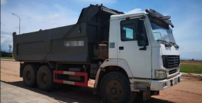 Bán xe Howo 3 chân, thùng đúc, đời xe 2011, đăng kiểm 12/2019 giá 440 triệu tại Quảng Ninh