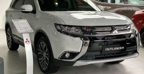 Bán Mitsubishi Outlander năm sản xuất 2019, khuyến mãi lớn giá 808 triệu tại Đà Nẵng
