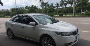 Cần bán lại xe Kia Forte năm 2011, màu trắng xe gia đình, 370tr giá 370 triệu tại Hà Nội