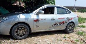 Bán Hyundai Elantra đời 2009, xe gia đình giá 220 triệu tại Quảng Ngãi