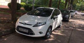 Cần bán Ford Fiesta 1.6 AT Sport đời 2013, màu trắng xe gia đình giá 345 triệu tại Hà Nội
