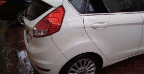Cần bán lại Ford Fiesta sản xuất 2015, màu trắng, chính chủ  giá 445 triệu tại Nghệ An