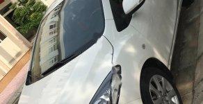 Cần bán lại xe Mazda 2 sản xuất năm 2011, màu trắng, 295 triệu xe còn mới nguyên giá 295 triệu tại Phú Yên