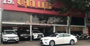 Bán Lexus ES sản xuất 2017, màu trắng, nhập khẩu nguyên chiếc chính hãng giá 1 tỷ 950 tr tại Hà Nội
