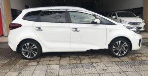 Cần bán gấp Kia Rondo đời 2019, màu trắng số sàn giá 535 triệu tại Đà Nẵng