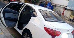 Bán Hyundai Elantra sản xuất 2011, màu trắng, xe gia đình  giá 270 triệu tại Bình Dương