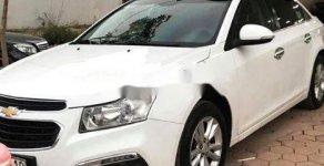Bán Chevrolet Cruze LT 1.6MT đời 2017, màu trắng số sàn, giá 385tr giá 385 triệu tại Thái Nguyên