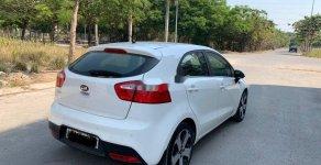 Cần bán lại xe Kia Rio đời 2013, màu trắng, nhập khẩu giá 380 triệu tại Bình Dương