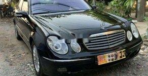 Cần bán xe Mercedes E240 sản xuất năm 2004, màu đen, xe nhập giá 263 triệu tại Tp.HCM