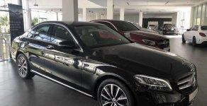Bán ô tô Mercedes C200 sản xuất năm 2019, màu đen giá 1 tỷ 500 tr tại Tp.HCM
