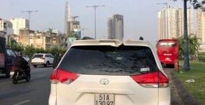 Bán Toyota Sienna LE 3.5 sản xuất năm 2011, màu trắng, xe nhập giá 1 tỷ 295 tr tại Tp.HCM