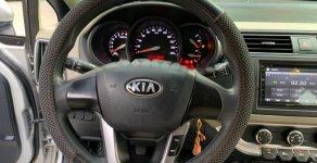 Cần bán xe Kia Rio năm sản xuất 2015, màu bạc, nhập khẩu số sàn, giá tốt giá 366 triệu tại Tp.HCM