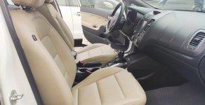 Bán xe Kia Cerato 2.0 AT sản xuất năm 2016, màu trắng như mới giá 575 triệu tại Hà Nội