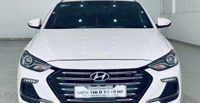 Cần bán lại xe Hyundai Elantra năm 2018, màu trắng, xe đẹp như mới giá 650 triệu tại Tp.HCM