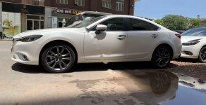 Cần bán gấp Mazda 6 Luxury 2.0 AT đời 2019, màu trắng, giá 856tr giá 856 triệu tại Tp.HCM
