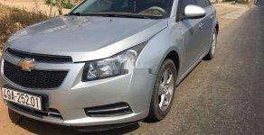 Cần bán gấp Chevrolet Cruze đời 2010, màu bạc giá 278 triệu tại Bình Dương