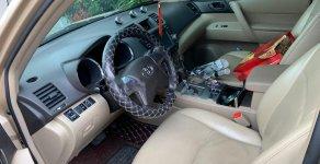 Cần bán gấp Toyota Highlander sản xuất năm 2010, xe nhập chính chủ giá 850 triệu tại Lâm Đồng