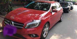 Cần bán gấp Mercedes đời 2014, màu đỏ xe gia đình giá 700 triệu tại Hà Nội