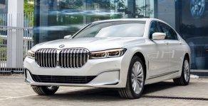 Hỗ trợ mua xe trả góp lãi suất thấp - Giao xe nhanh tận nhà với chiếc BMW 7 Series 740Li 3.0 đời 2016 giá 2 tỷ 900 tr tại Hà Nội