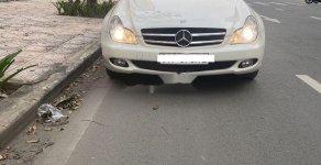 Bán Mercedes CLS350 sản xuất 2010, màu trắng, nhập khẩu nguyên chiếc, 700tr giá 700 triệu tại Tp.HCM