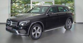 Bán xe GLC200 xe trưng bày, mới 99% nội thất kem giá 1 tỷ 599 tr tại Tp.HCM