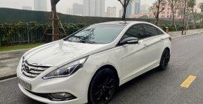 Cần bán Hyundai Sonata 2.0 AT đời 2011, màu trắng, nhập khẩu số tự động, 515 triệu giá 515 triệu tại Hà Nội