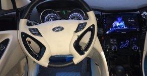 Bán Hyundai Sonata 2.0 AT sản xuất 2011, màu trắng, nhập khẩu giá 555 triệu tại Hà Nội