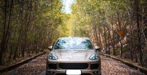 Bán Porsche Cayenne AT sản xuất năm 2015, xe nhập như mới giá 3 tỷ 200 tr tại Tp.HCM