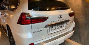 Cần bán lại xe Lexus LX 570 Sport Plus sản xuất năm 2016, màu trắng, xe nhập chính chủ giá 7 tỷ 100 tr tại Tp.HCM