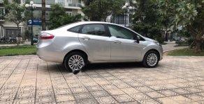 Cần bán Ford Fiesta 1.6 năm sản xuất 2011, màu bạc, xe nhập còn mới giá 320 triệu tại Hà Nội