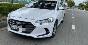 Cần bán gấp Hyundai Elantra MT năm sản xuất 2017, màu trắng giá cạnh tranh giá 465 triệu tại Đà Nẵng