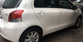 Bán Toyota Yaris 1.3 AT đời 2011, màu trắng, nhập khẩu nguyên chiếc số tự động, 365 triệu giá 365 triệu tại Hà Nội