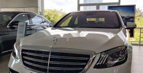 Cần bán lại xe Mercedes S450L sản xuất 2019, màu trắng giá 3 tỷ 618 tr tại Tp.HCM
