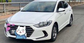 Cần bán xe Hyundai Elantra đời 2017, màu trắng giá 468 triệu tại Đà Nẵng
