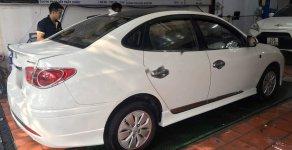 Bán Hyundai Avante 1.6 MT đời 2011, màu trắng, nhập khẩu nguyên chiếc   giá 298 triệu tại Tp.HCM