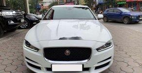 Cần bán gấp Jaguar XE 2.0T đời 2016, màu trắng, xe nhập giá 1 tỷ 550 tr tại Hà Nội