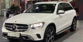 Cần bán Mercedes-Benz GLC200 4 Matic đời 2020, màu trắng giá 2 tỷ 39 tr tại Tp.HCM