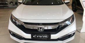Hỗ trợ mua xe trả góp lãi suất thấp với chiếc Honda Civic 1.8E, sản xuất 2020, giao xe nhanh giá 729 triệu tại Tp.HCM