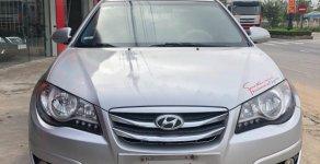Cần bán Hyundai Avante 1.6 AT năm sản xuất 2014, màu bạc, xe gia đình   giá 390 triệu tại Quảng Bình
